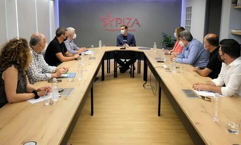Συνάντηση Τσίπρα με το προεδρείο της ΑΔΕΔΥ:Η πληρωμή εργαζομένων με ρεπό δεν είναι στροφή στο μέλλον
