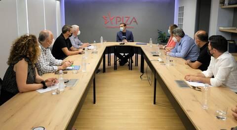 Tsipras: Gov't wants to demolish the democratic and social acquis of the post-dictatorship era