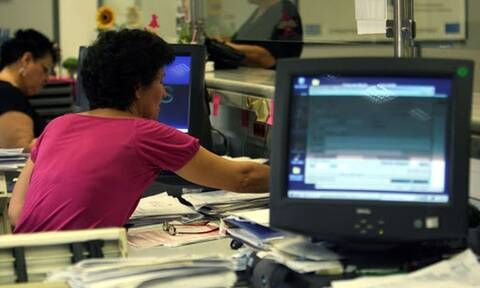 Με 9.550 ηλεκτρονικούς υπολογιστές εξοπλίζονται ΑΑΔΕ, υπουργείο Οικονομικών και ΓΓΠΣ