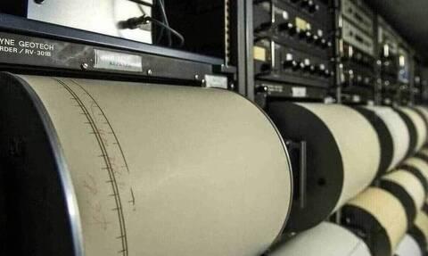 Τρεις σεισμικές δονήσεις σε ένα τέταρτο στην Κρήτη – Ανησυχία στο νησί