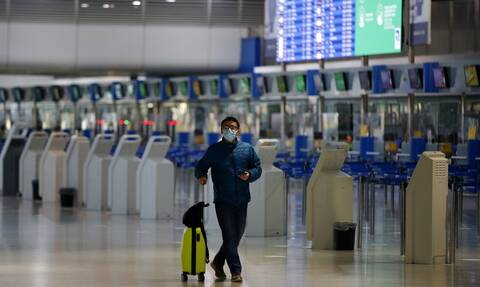 ΗΠΑ: CDC και Στέιτ Ντιπάρτμεντ χαλαρώνουν τις ταξιδιωτικές τους συστάσεις και για την Ελλάδα