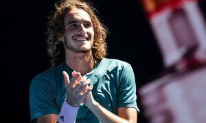 Греческий теннисист Циципас обыграл в четвертьфинале Roland Garros россиянина Медведева