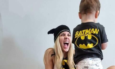 Μαντώ Γαστεράτου: Δείτε τη νέα φωτογραφία με τον γιο της