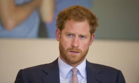 Ο Πρίγκιπας Χάρι…πήρε το όπλο του: Γιατί απειλεί με μηνύσεις το BBC – Πόλεμος για τη «Λίλιμπετ»
