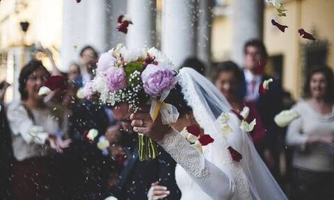 Άρση μέτρων: Πόσα άτομα επιτρέπονται στους γάμους – Τι ισχύει για τη μουσική