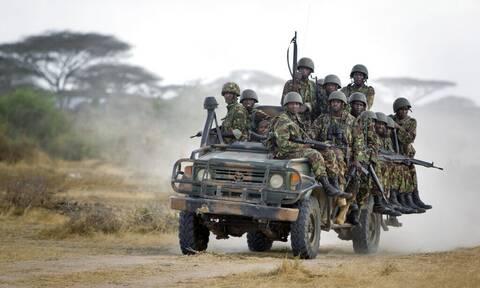 Σομαλία: 12 νεκροί σε επίθεση τζιχαντιστών εναντίον βάσης του στρατού