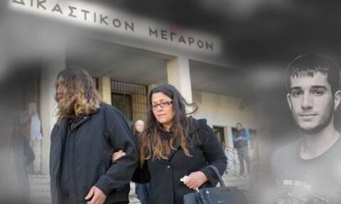 Βαγγέλης Γιακουμάκης: Σήμερα η δίκη για τον θάνατο του - Συγκλονίζουν οι γονείς του