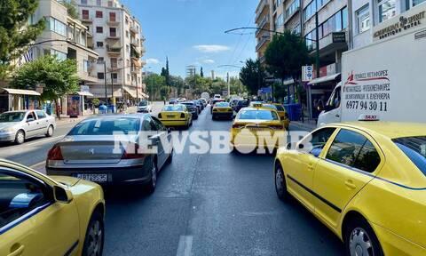 Χάος στο κέντρο της Αθήνας: Ποιοι δρόμοι είναι κλειστοί λόγω των συγκεντρώσεων