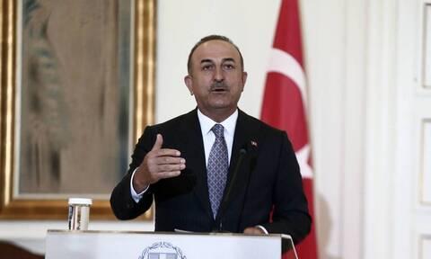 Ο Τσαβούσογλου «θύμωσε» με την Ελλάδα επειδή ανακηρύξε την Τουρκία.... ασφαλή χώρα