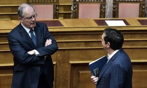 Οργή στον ΣΥΡΙΖΑ εναντίον Τασούλα - Στο τραπέζι και η πρόταση μομφής