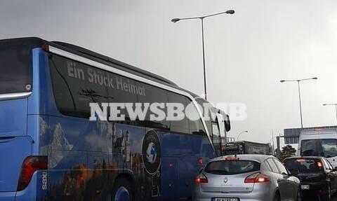 Κίνηση ΤΩΡΑ: Τεράστιο μποτιλιάρισμα στην Εθνική Οδό λόγω κακοκαιρίας