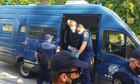 Κοζάνη: Συγκλονίζουν οι καταθέσεις για την επίθεση 45χρονου με τσεκούρι στη ΔΟΥ