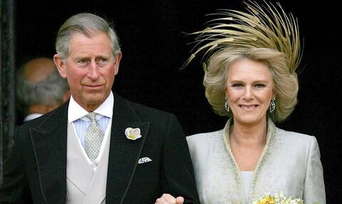 Σάλος στο παλάτι: 55χρονος ισχυρίζεται ότι ο Κάρολος και η Καμίλα είναι γονείς του