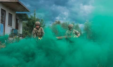 Στρατός Ξηράς: Το Πεζικό άφησε με... ανοιχτό το στόμα ΗΠΑ και Βρετανία  - Εντυπωσιακές εικόνες
