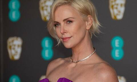 Charlize Theron: «Τόλμησε» χωρίς μακιγιάζ - Δες το πρόσωπό της σήμερα