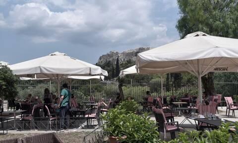 Κρούσματα σήμερα: Τα 140 στην Αττική, μόλις 22 στη Θεσσαλονίκη