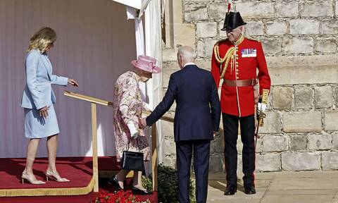 H βασίλισσα Ελισάβετ «μου θύμισε τη μάνα μου», είπε ο Τζο Μπάιντεν