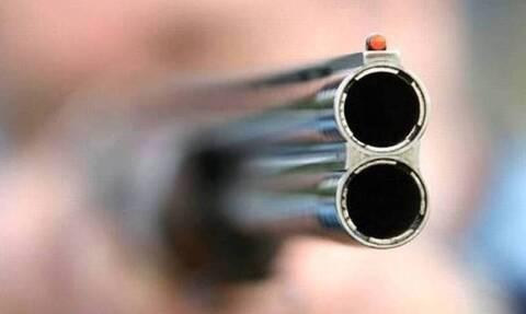Τρόμος στο Χαλάνδρι: Άνδρας βγήκε στο μπαλκόνι του και άρχισε να πυροβολεί