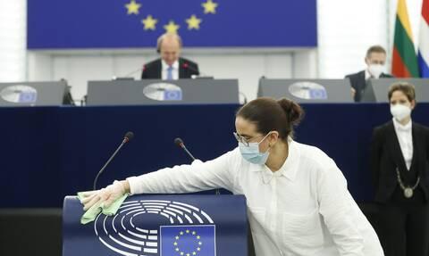 ΕΕ-Covid-19: Υπεγράφη ο κανονισμός για το ευρωπαϊκό ψηφιακό πιστοποιητικό