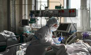 В России выявили 13 721 заразившегося коронавирусом за сутки