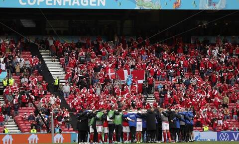 Euro 2020: Απείλησε τους Δανούς η UEFA - Δεν ήθελαν να παίξουν μετά το σοκ με τον Κρίστιαν Έρικσεν