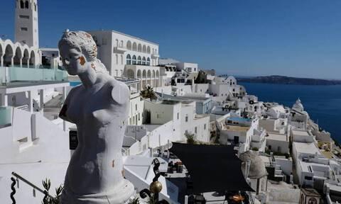 Ακυρώσεις τουριστικών πακέτων για την Ελλάδα από την βρετανική TUI