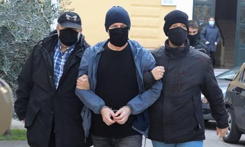 Δημήτρης Λιγνάδης: Ένα βήμα πριν την κλήση σε νέα απολογία - Τι λέει το θύμα στην κατάθεσή του