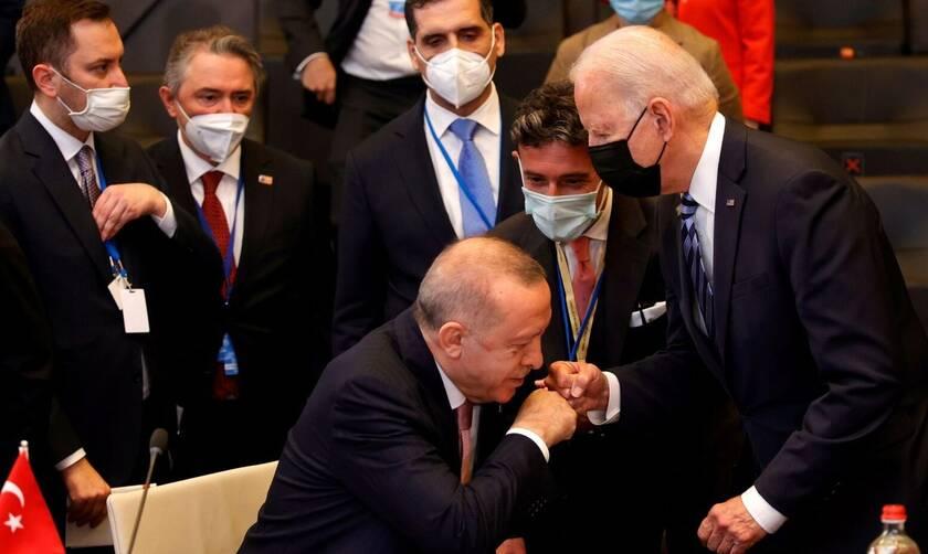Υπάρχει κάποιος που να εμπιστεύεται τον Ερντογάν;