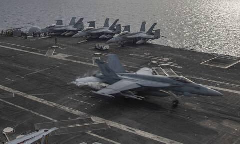 Αμερικανική δύναμη κρούσης αεροπλανοφόρου στη Νότια Σινική Θάλασσα