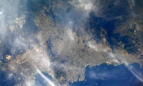 Αστροναύτης της NASA φωτογράφισε την όμορφη Αθήνα: Το υπέροχο κλικ από το διάστημα