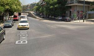 Αχαρνών: Διακοπή κυκλοφορίας στο ύψος της Βικέλα - Κυκλοφοριακό χάος λόγω καθίζησης οδοστρώματος