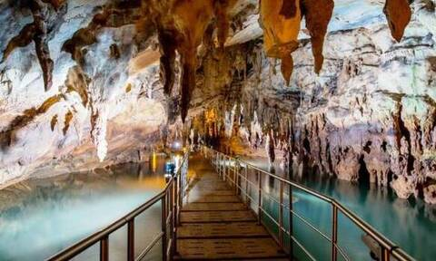 Δράμα: Το σπήλαιο του ποταμού Αγγίτη «αναγεννήθηκε» μέσα από την πανδημία