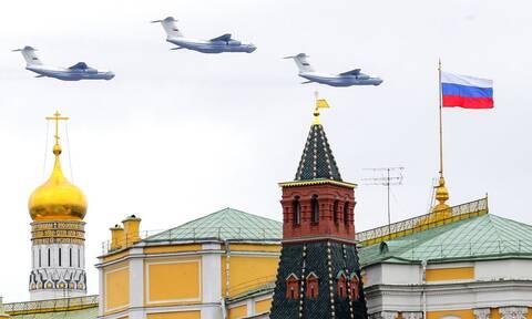 Ρωσία - Δημοσκόπηση: Αρνητικά αντιμετωπίζουν οι Ρώσοι ΗΠΑ και ΕΕ - Ποιες χώρες είναι «μη φιλικές»