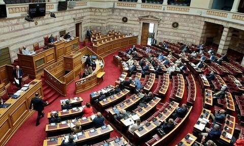 Parliament committee approves bill for financial support of Greece's 14 regional airports
