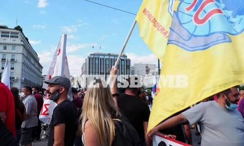 Ολοκληρώθηκε το συλλαλητήριο στο κέντρο της Αθήνας ενάντια στο νομοσχέδιο του υπουργείου Εργασίας