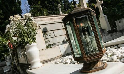 Η «σπείρα του νεκροταφείου»: Ο «Χαν», το «αθεόφοβο» δίδυμο και το μαγαζί στην Ομόνοια