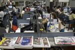 Χονγκ Κονγκ: Έφοδος αστυνομικών σε εφημερίδα - Συνέλαβαν 5 στελέχη και κατέσχεσαν υλικό