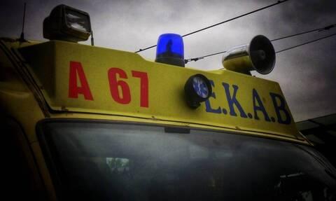 Τραγωδία στην άσφαλτο: Ένας νεκρός και δύο τραυματίες σε τροχαίο δυστύχημα έξω από τη Θήβα