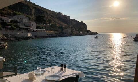 Λιμένι Μάνης: Το μαγικό μέρος της Ελλάδας που ο χρόνος σταματάει