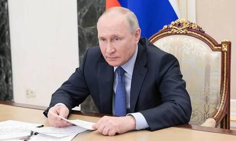 Путин отклонил закон об ужесточении правил цитирования для СМИ