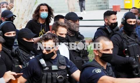 Δολοφονία Γλυκά Νερά: Από τον εισαγγελέα στον ανακριτή ο Μπάμπης Αναγνωστόπουλος - Δρακόντεια μέτρα