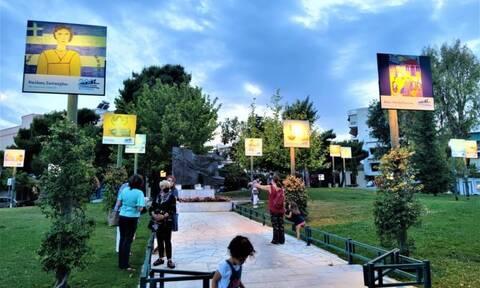 Ρεπορτάζ Newsbomb.gr: Έργα 51 μαθητών μετέτρεψαν πλατεία του Περιστερίου σε ανοιχτή… πινακοθήκη