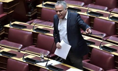Σκουρλέτης στο Newsbomb.gr: Η κυβέρνηση κηρύσσει τον πόλεμο στην ίδια τη λειτουργία της δημοκρατίας