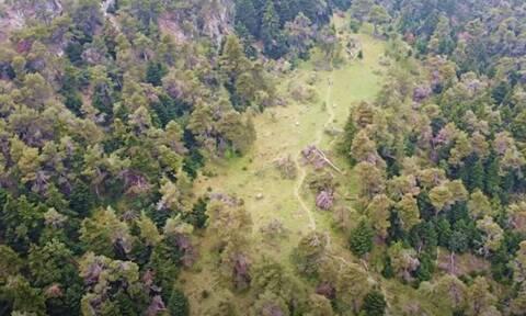 Εξερευνώντας ένα από τα σημαντικότερα σπήλαια της Πάρνηθας, το σπήλαιο Πανός