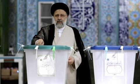Ιράν: Ο Εμπραχίμ Ραϊσί εξελέγη νέος Πρόεδρος