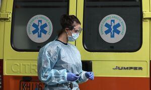 Κρούσματα σήμερα: 394 νέα ανακοίνωσε ο ΕΟΔΥ - 20 νεκροί σε 24 ώρες, στους 301 οι διασωληνωμένοι