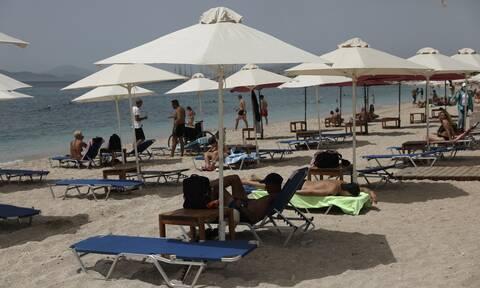 Θεσσαλονίκη: «Βούλιαξαν» οι παραλίες της Χαλκιδικής - Στο 50% η πληρότητα στα ξενοδοχεία