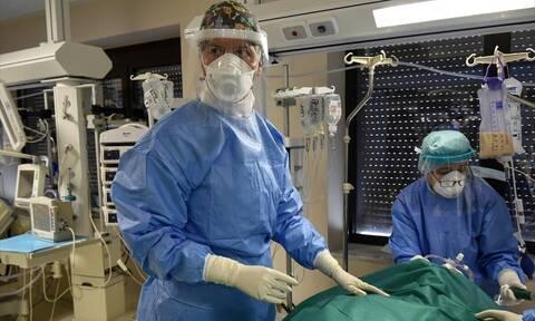 Η συγκλονιστική μαρτυρία Κρητικού γιατρού για τη μάχη του με τον κορονοϊό
