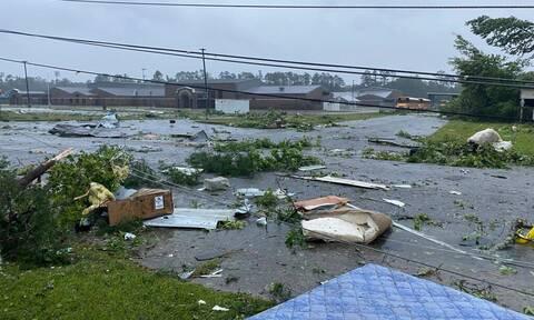 Τραγωδία στις ΗΠΑ: Δέκα νεκροί, ανάμεσά τους εννέα παιδιά σε καραμπόλα εν μέσω καταιγίδας