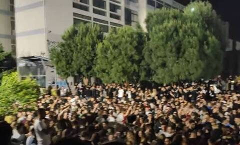 Θεσσαλονίκη: Κινδύνεψε 19χρονη σε κορονοπάρτι του ΑΠΘ - Έπεσε σε φρεάτιο και έμεινε για ώρα λιπόθυμη